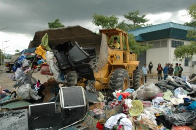 "B34m of ""fake' goods destroyed 
