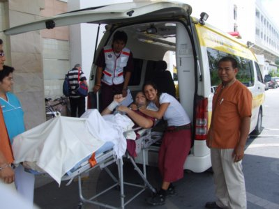 Wounded Israeli flies home | The Thaiger