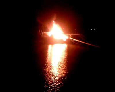 Phuket yacht erupts into fireball, casualties unknown | The Thaiger