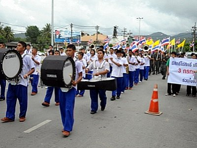 Police rally against vote selling in Phuket | The Thaiger