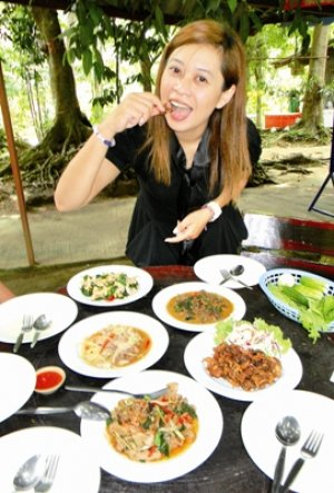 Phuket's peckish, so hop to it and make it snappy | The Thaiger