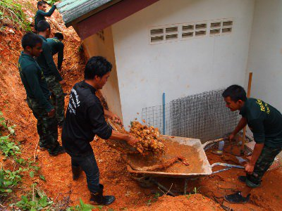 "Thai Army digs deep in Phuket to recover ""landslide house' 