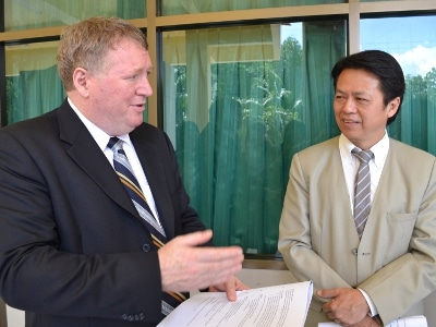 Aussie embassy bolsters bilateral ties with Phuket students | The Thaiger