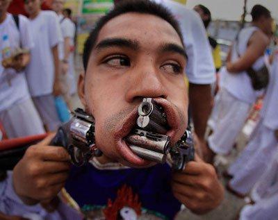Worldwide Photo Walk: Phuket event to focus on Vegetarian Festival | The Thaiger