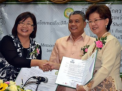 Phuket school inks agreement with Shelton College, Singapore | The Thaiger