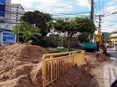 Phuket Town cable burying on hold for Vegetarian Festival | The Thaiger