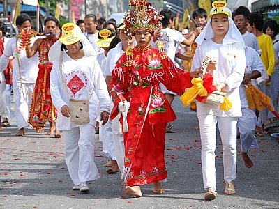 Phuket Veg Fest processions hit the streets | The Thaiger
