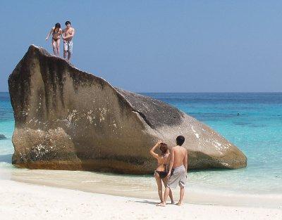 Park chief preps Similan Islands for tourist high season | The Thaiger