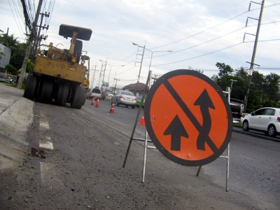 Phuket road works causing commuter woes | The Thaiger