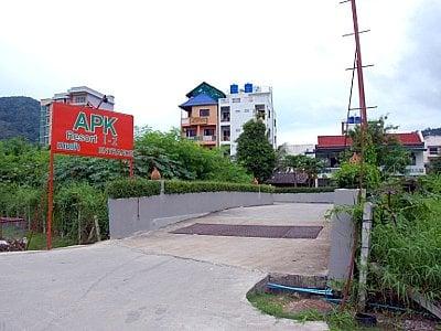 Phuket resort wins one, loses one | Thaiger