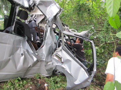 Korean tourist in Phuket ICU after tour van slams into tree | The Thaiger