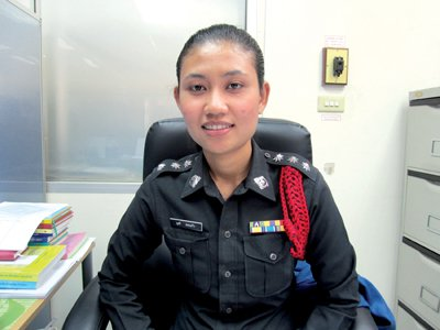 Female sleuth equal among Phuket police | The Thaiger