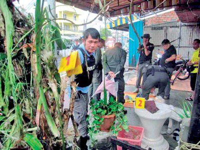 Phuket Media Watch – Deep South flower pot bomb injures monks | The Thaiger