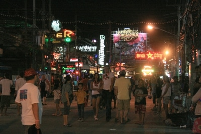 Phuket tourists warned of drink-spiking thieves | The Thaiger
