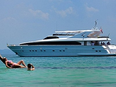 Superyachts arrive for Phuket Rendezvous | The Thaiger