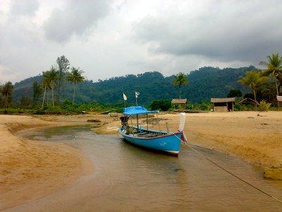 Tsunami no longer a factor in Khao Lak tourism: Survey | The Thaiger