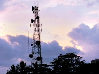 Phuket Live Wire: So what's all this about a 3G auction? | The Thaiger