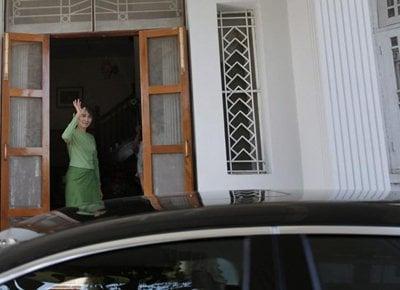 Phuket Media Watch: Thailand regional round-up – Suu Kyi; Tony Blair; Khmer Rouge | The Thaiger