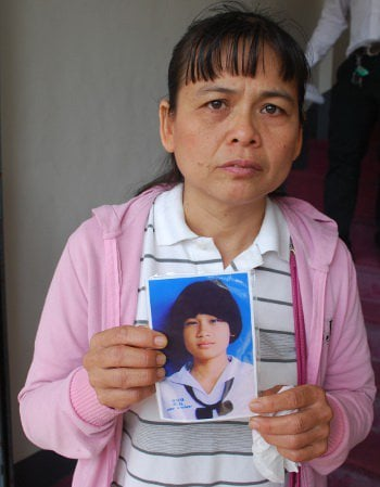 Nong Pin's mom asks Phuket Governor for help | The Thaiger