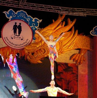 Henan Acrobatic Troupe dazzles Phuket | The Thaiger