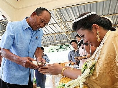 "Couples sought for Phuket ""mega wedding' 