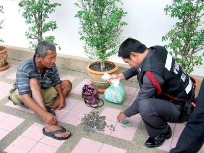Tough love for street beggars in Phuket | The Thaiger