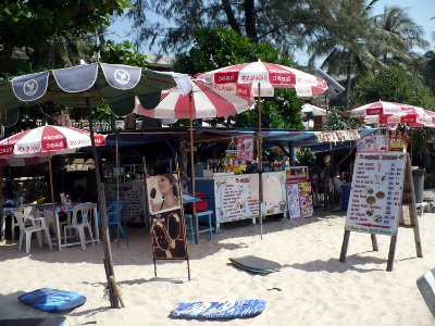 Battle to keep Phuket beaches clear continues | The Thaiger
