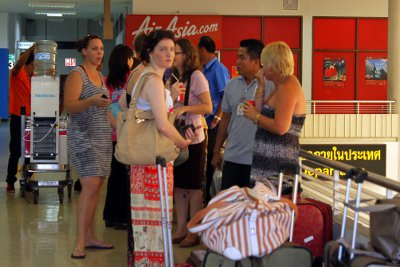 Jetstar flights to Phuket to airlift stranded Aussies home | The Thaiger
