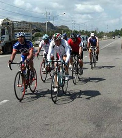 Bangers bike riders hightail it to Phuket | The Thaiger