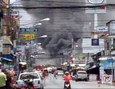 8 dead, 69 injured in Yala bomb blasts | The Thaiger