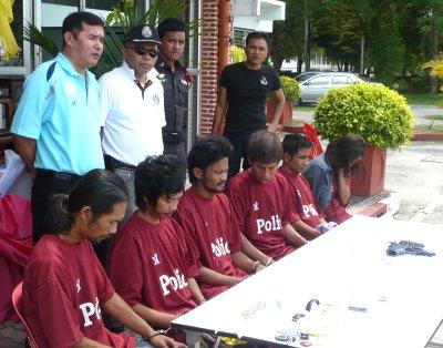 "Police crack Phang Nga drug network linked to ""kingpin prisoner' | The Thaiger"