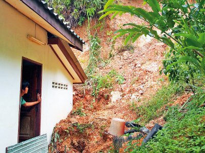 Disaster insurance to cover Phuket quakes, floods, landslides | The Thaiger