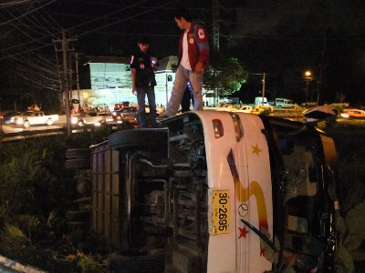 Chinese tourists injured in Phuket bus crash | The Thaiger
