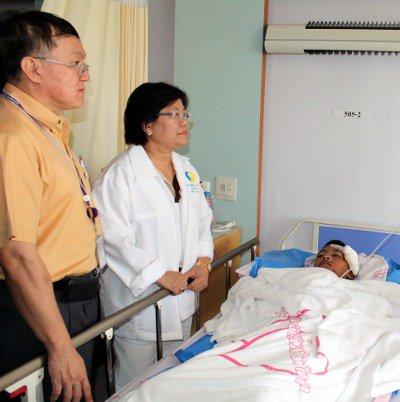 "Phuket Games motorbike crash survivor ""will play sports again' | The Thaiger"