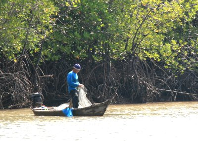 Phuket sea gypsies get ID cards and water, but no new fishing rights | The Thaiger