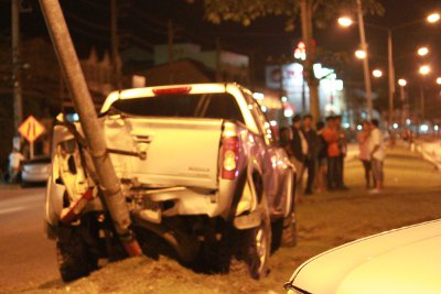 Pickups spin out of control on major Phuket road | The Thaiger