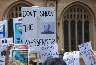 Phuket Gazette: Ecuador to decide Assange's asylum request today | The Thaiger