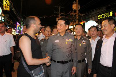 Poll: Boosting tourist safety in Phuket | The Thaiger