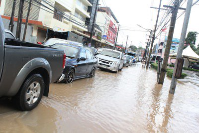 Phuket schools close after floodwater hits | The Thaiger