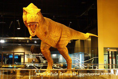 Dinosaurs heading for Phuket holidays | The Thaiger