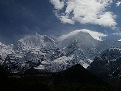 World News: 11 now confirmed dead in avalanche | The Thaiger