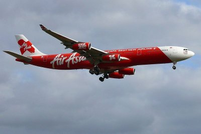 AirAsia move to axe Phuket-Bali, Ubon flights sparks ire from 'stranded' travellers | The Thaiger