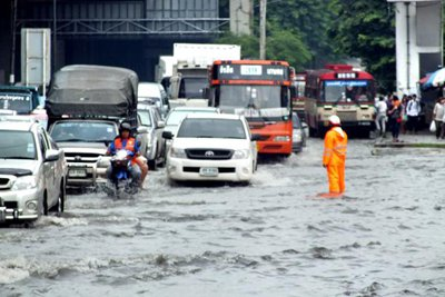 Weather News: Bangkok gets biggest soaking in 100 years | The Thaiger