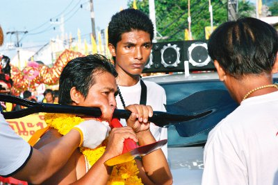 Call for blood donations ahead of Phuket Vegetarian Festival | Thaiger
