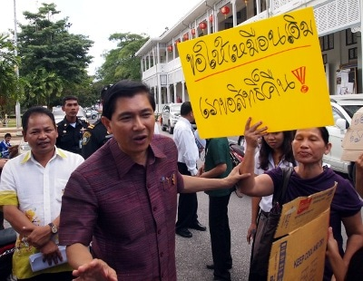 Phuket Vegetarian Festival vendors protest over street rents   Thaiger