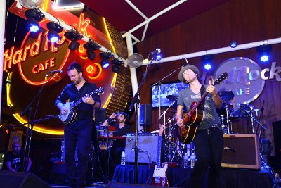 Phuket Hard Rock Cafe catches fire after spark from iconic guitar sign | Thaiger