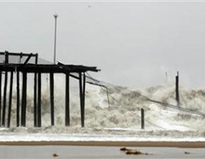 "World News: ""Frankenstorm"" hits New Jersey; Campaign events cancelled 