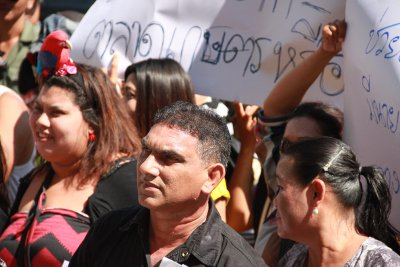 Market vendors protest relocation from new Phuket hospital site | Thaiger