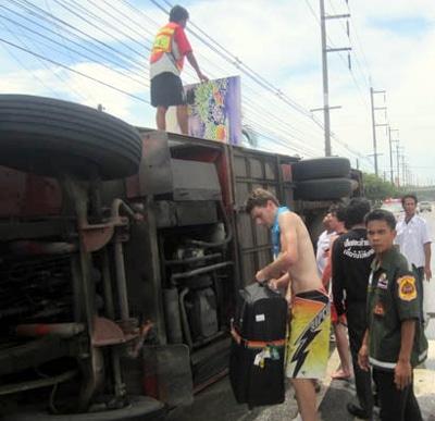 Americans, Australians injured in Phuket-bound tour bus crash | The Thaiger