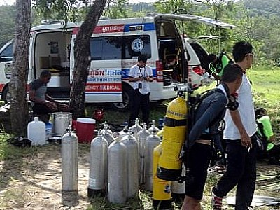 New generation of rescue workers train up for marine incidents | Thaiger